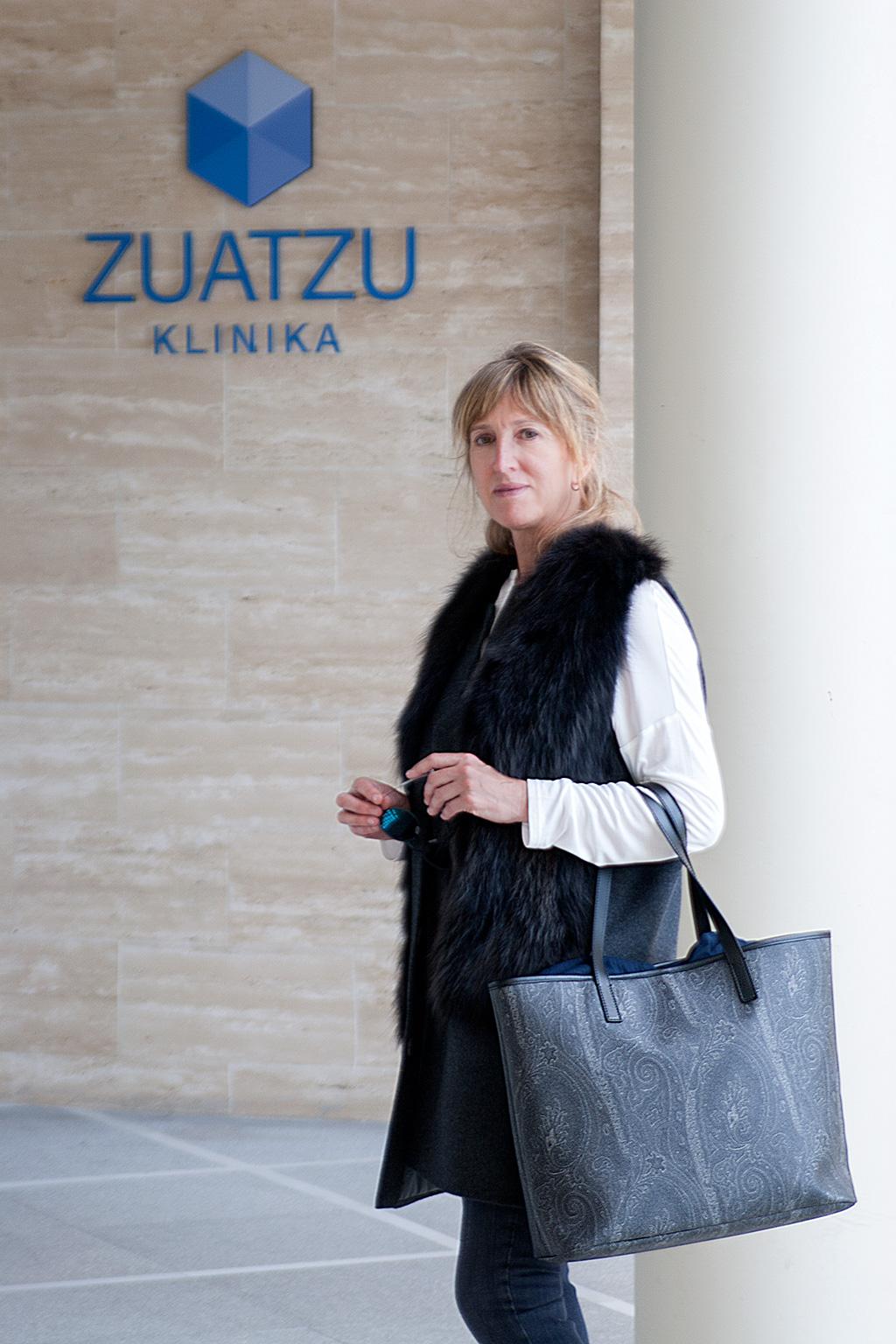 Maite Balda posando en la Clinica Zuatzu.