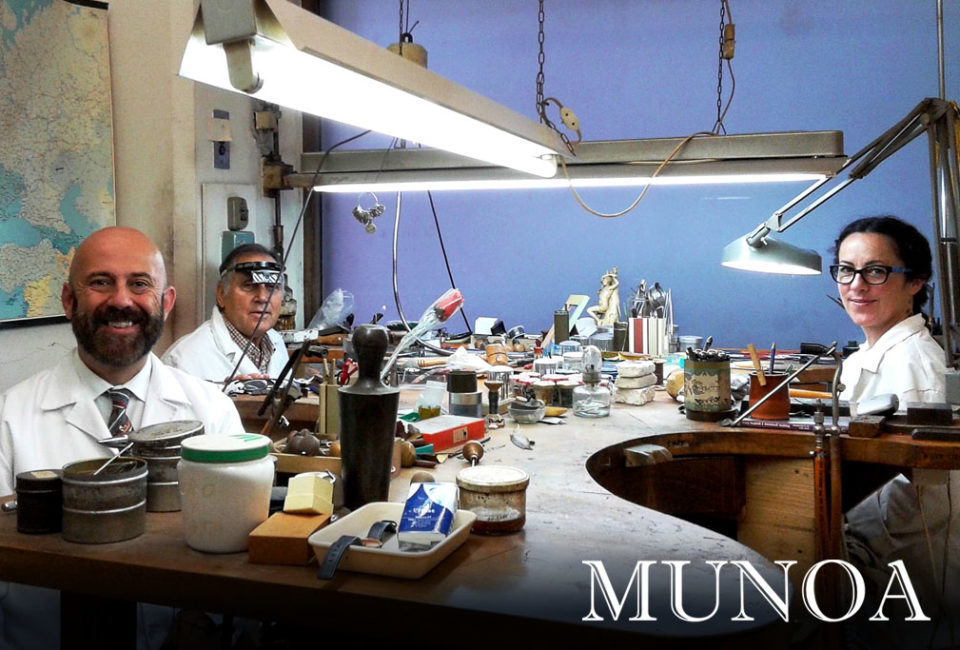 Equipo de joyería Casa Munoa