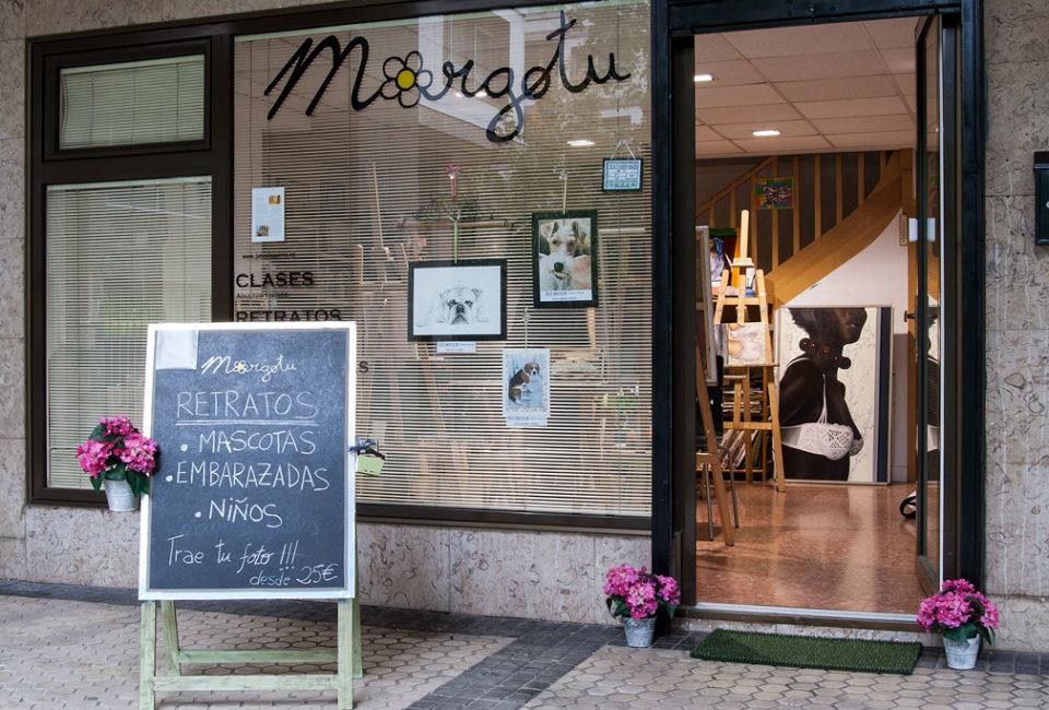 """Escuela de pintura """"Margotu"""" de Juncal Aguirre, en el barrio de Amara."""