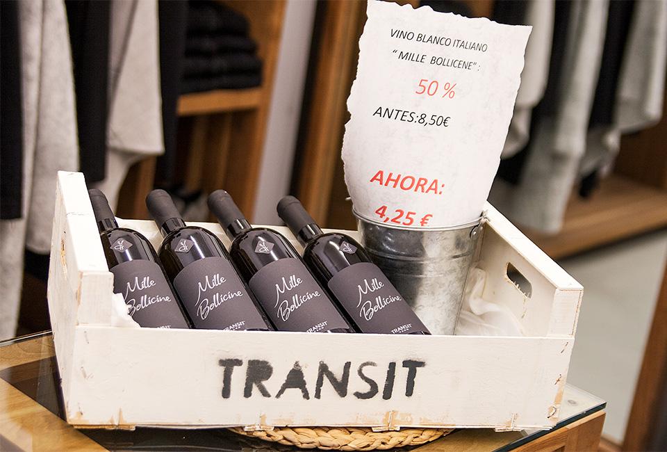 Interior de la tienda Transit de San Sebastián.