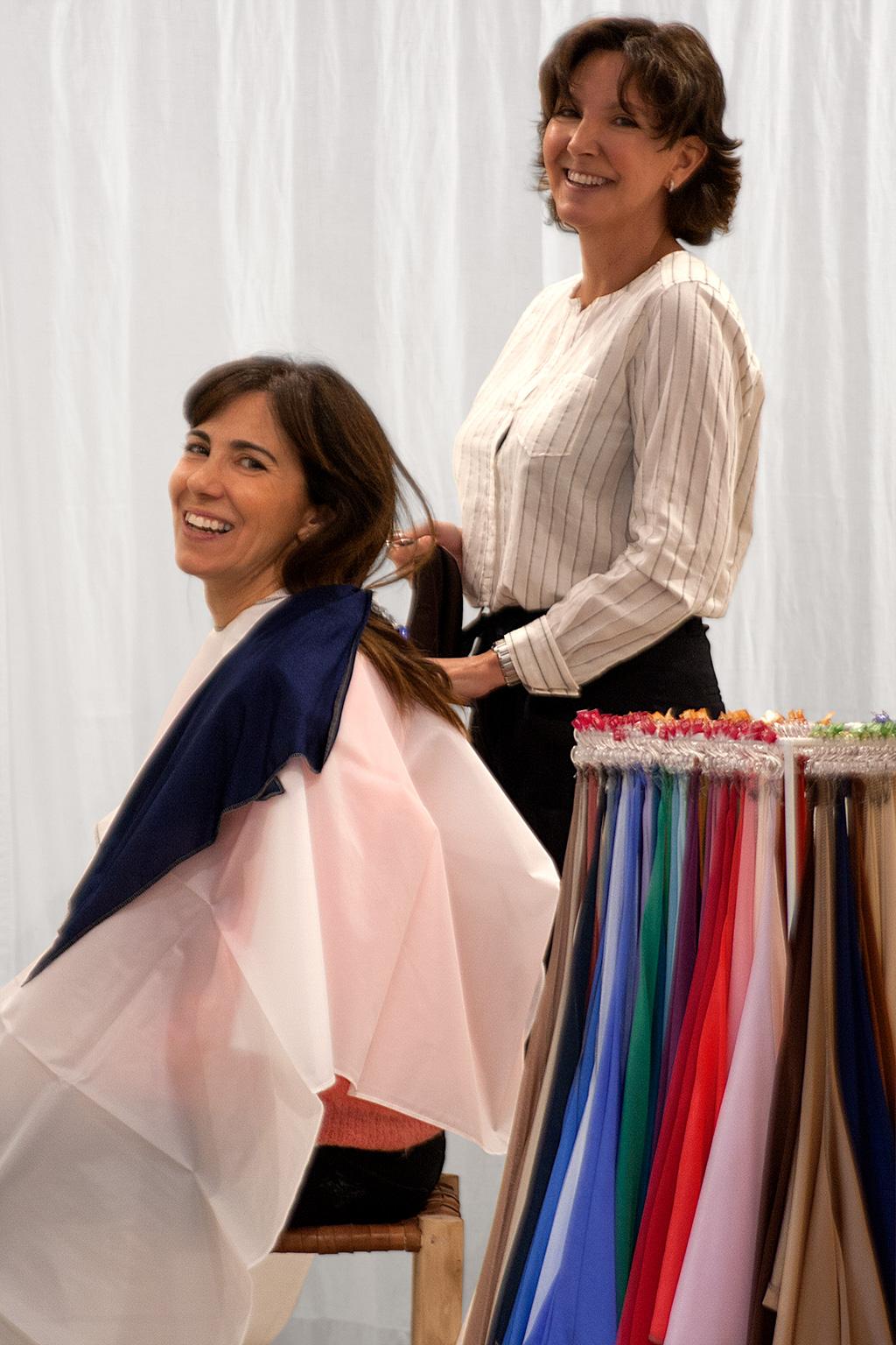 Inés de la Peña, asesora de imagen personal, posando Laura de Muselines.