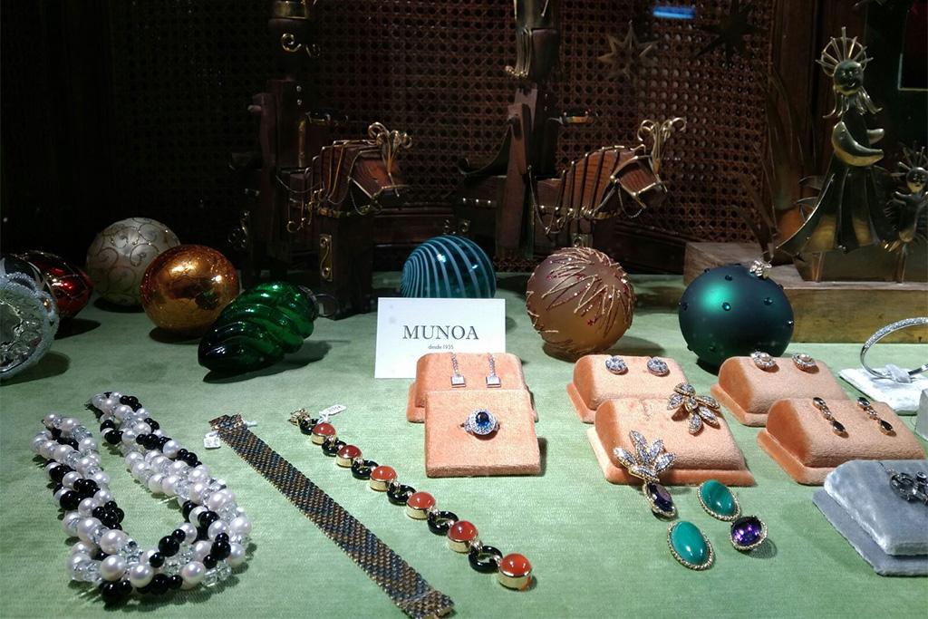 Joyas de joyería Casa Munoa.