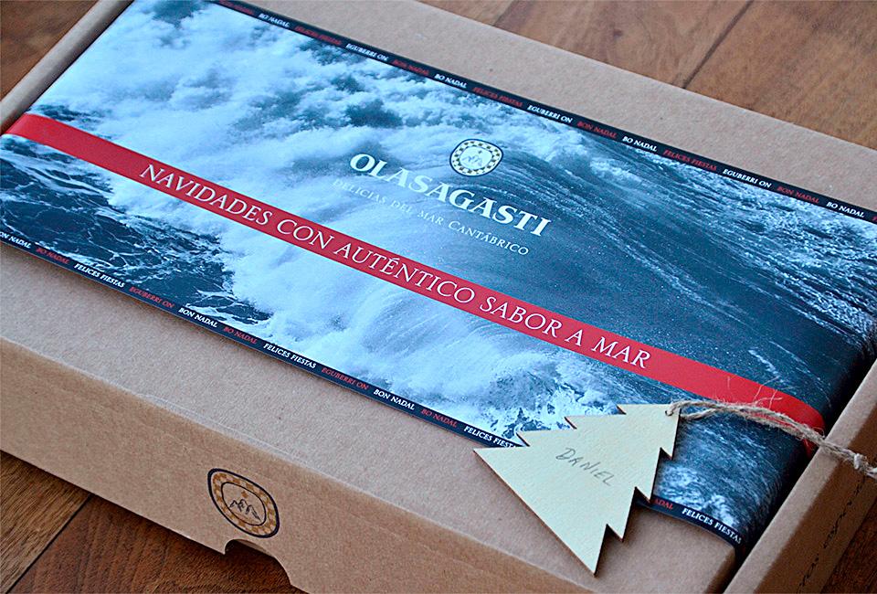 Caja regalo de Navidad de Olasagasti.