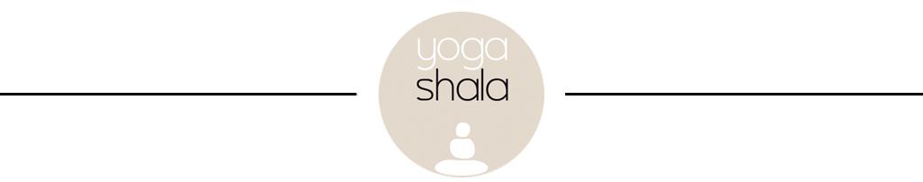 Separados con logotipo de Yoga Shala
