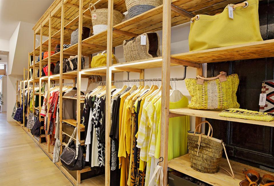 Interior de la tienda AUKA