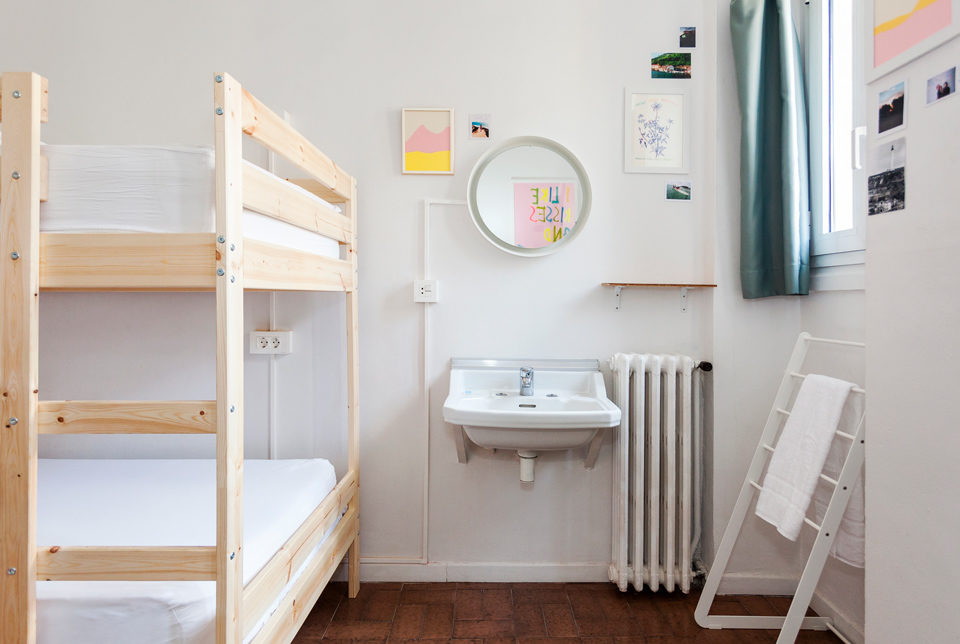 muselines-convent-garden-a-room-in-the-city-donostia-061
