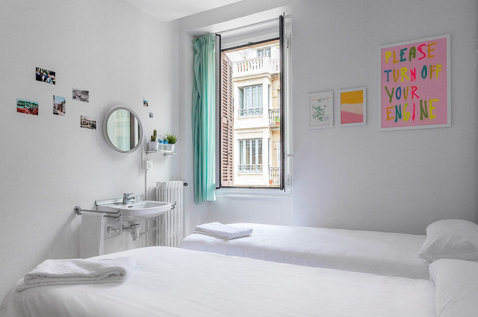muselines-convent-garden-a-room-in-the-city-donostia-063