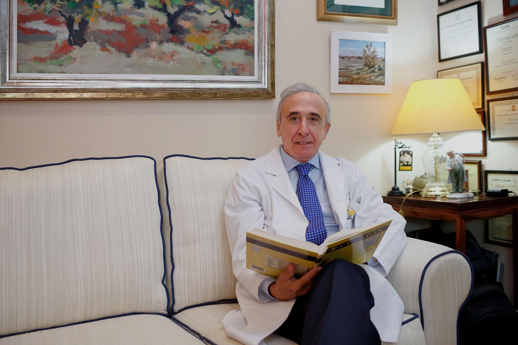 DR. MANUEL GÓMEZ